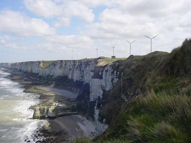 Les 5 éoliennes vues du Cap Fagnet