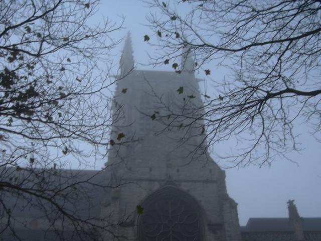 Eglise Saint Etienne dansq la brume