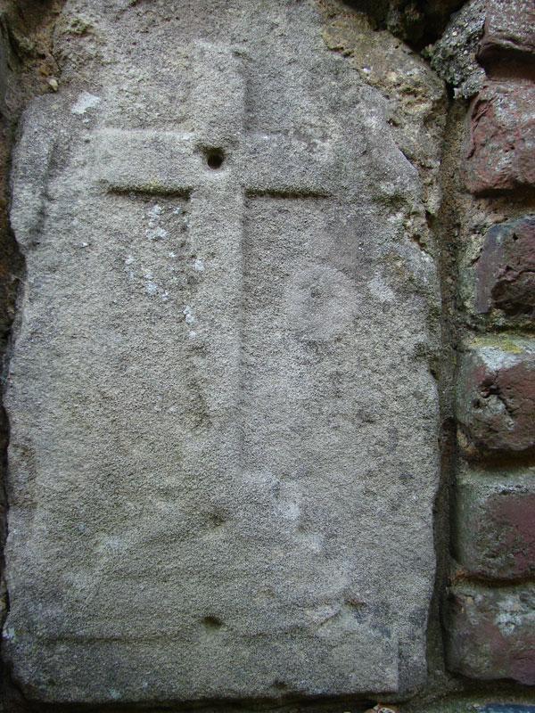 croix sculté