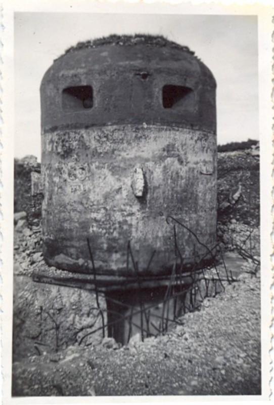 Tourelle blindée, côte de la Vierge (4/5/47)
