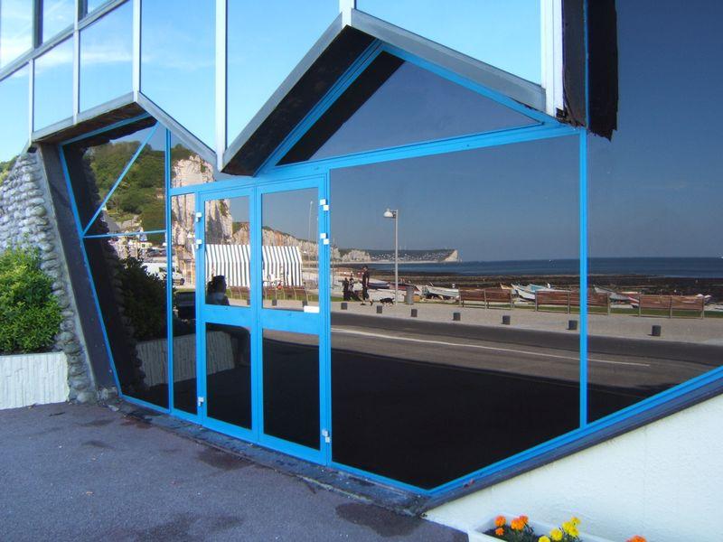 CASINO d'YPORT Porte d'entrée du Casino