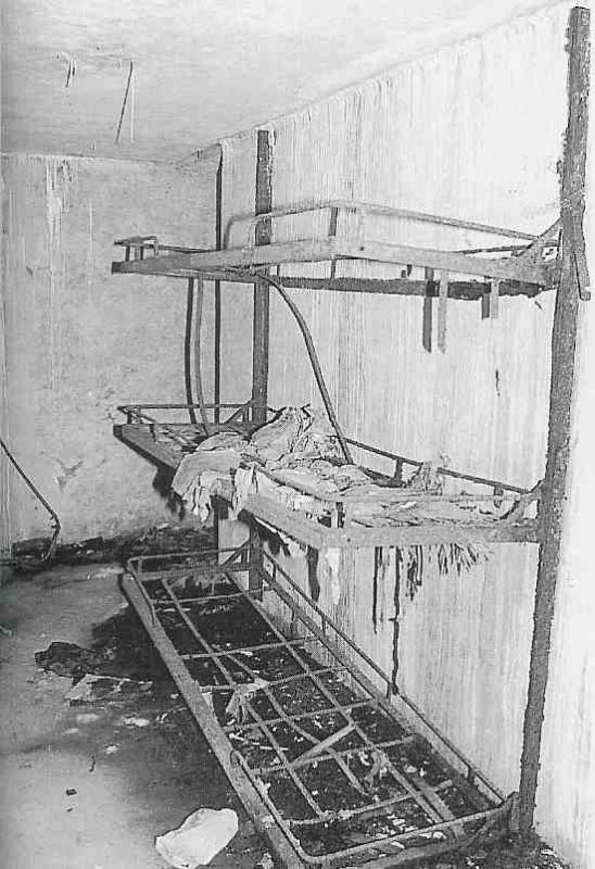 Châlits intérieur du bunker