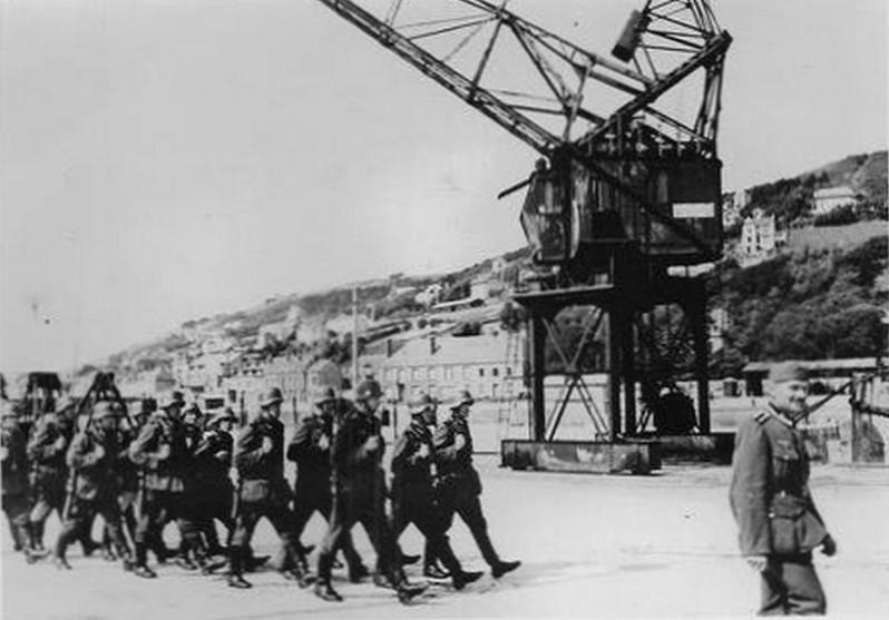 QUAI DE VERDUN 1942