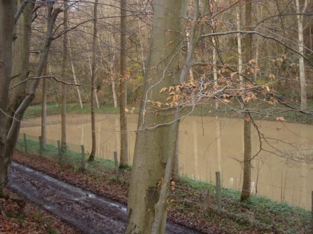 Val aux Clercs : Bassin de rétention après le 6ème pont