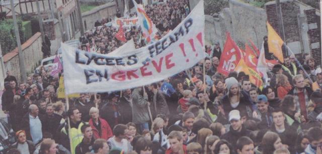 Manifestation du 19 Octobre 10, rue Maurice Renault...enorme