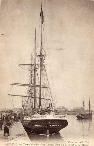le Turenne au port