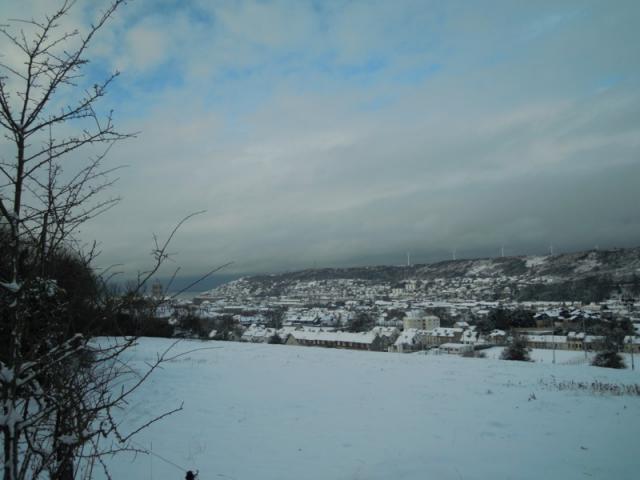 Fécamp sous la neige, de la cavée blanche
