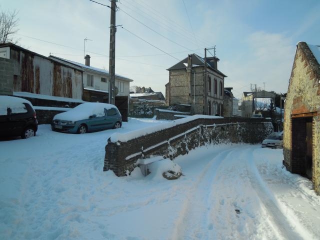 Rue Oscar Grindel sous la neige