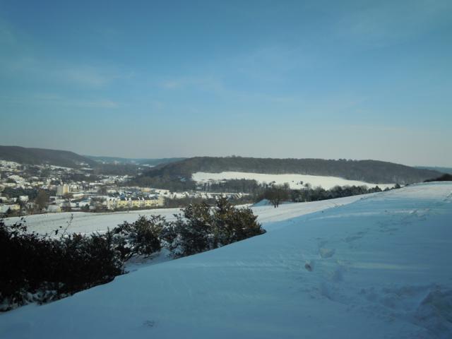 Vue enneigée sur les 2 vallées et le bois du Canada