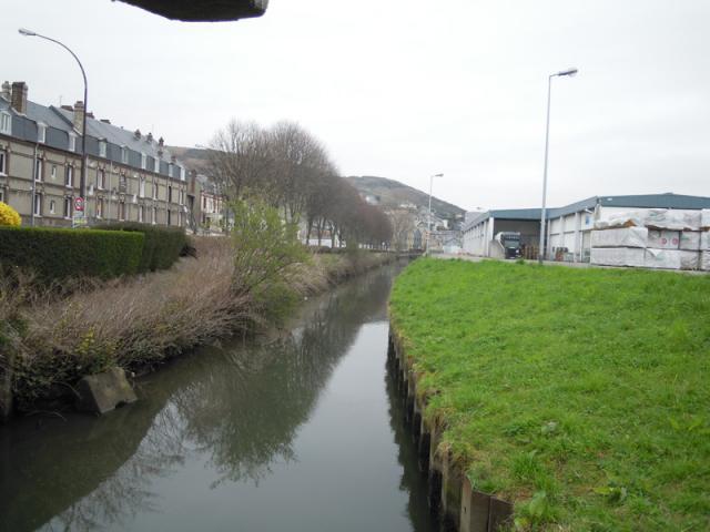 La Valmont, le long du Quai de la Marne