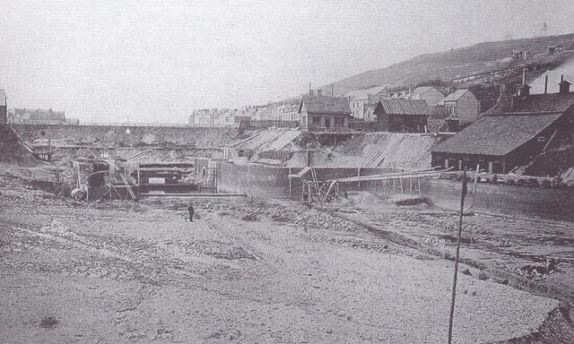 Construction du Bassin de mi-marée (Freycinet)
