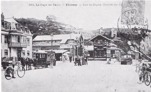 Le Casino, la plage, vers 1865