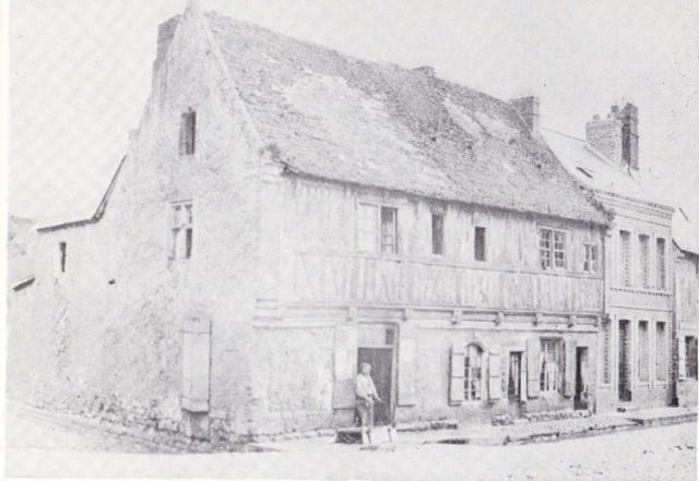 """Le """"Dauphin Couronné"""" rue Arquaise (1510)"""