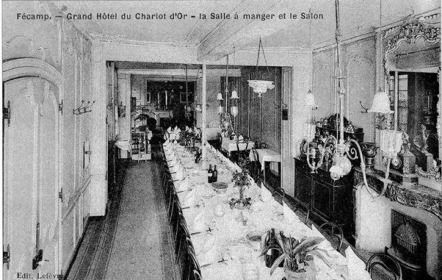"""Salle à manger & salon du grand Hôtel """" Le Chariot d'Or """""""