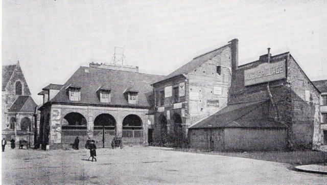 L'Ancienne Halle au blé , place Bellet
