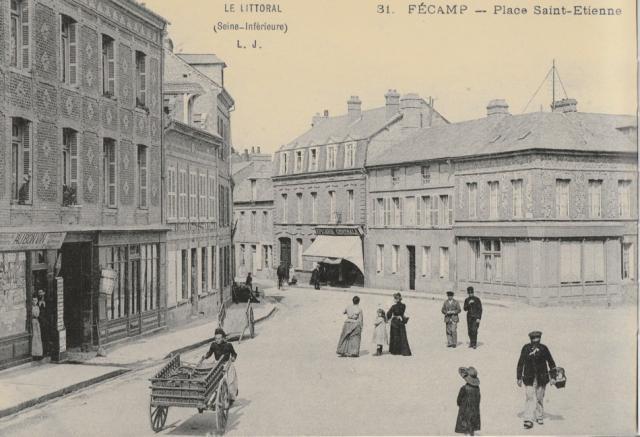 Rue et Place Saint-Etienne