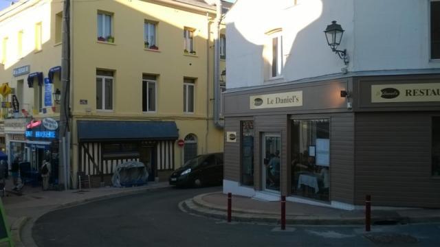 Le Daniel's rue des Prés, place Nicolas Selle