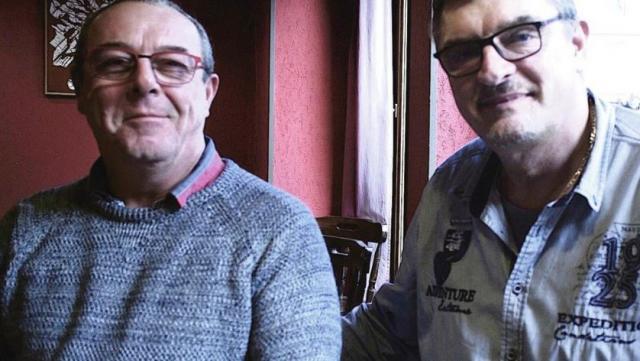 Eric Follain et Claude Lebas, ancien et nouveau Président de Fécamp Moto Team